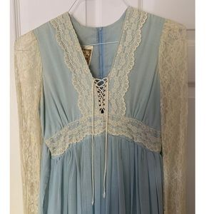Gunne Sax Blue and White Lace Sundress